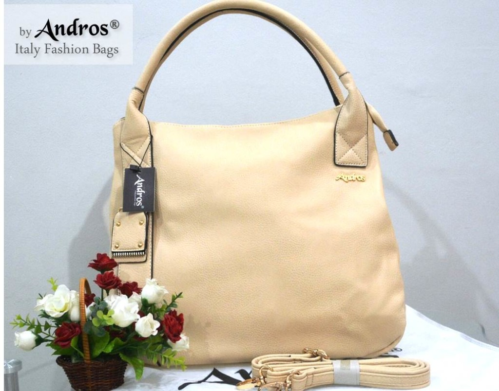 AB0229 IDR. 250.000 BAHAN PU SIZE L35XH33XW15CM WEIGHT 1100GR COLOR BEIGE