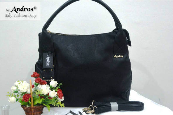 AB0229 IDR.230.000 MATERIAL PU SIZE L35XH33XW15CM WEIGHT 1100GR COLOR BLACK