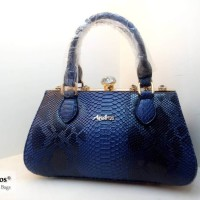 AB8848-IDR-285.000-MATERIAL-PU-SIZE-L32XH17xW15CM-WEIGHT-1000GR-COLOR-BLUE.jpg