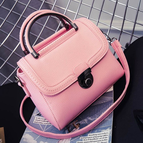 B0039 IDR.163.000 MATERIAL PU SIZE L22XH21XW9CM WEIGHT 700GR COLOR PINK