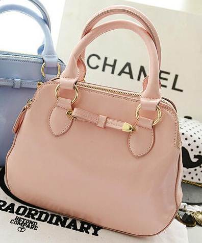 B0080 IDR.199.000 MATERIAL PU SIZE L26XH20XW10CM WEIGHT 700GR COLOR PINK