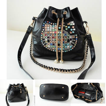 B074 IDR.177.000 MATERIAL PU SIZE L26XH26XW15CM WEIGHT 750GR COLOR BLACK