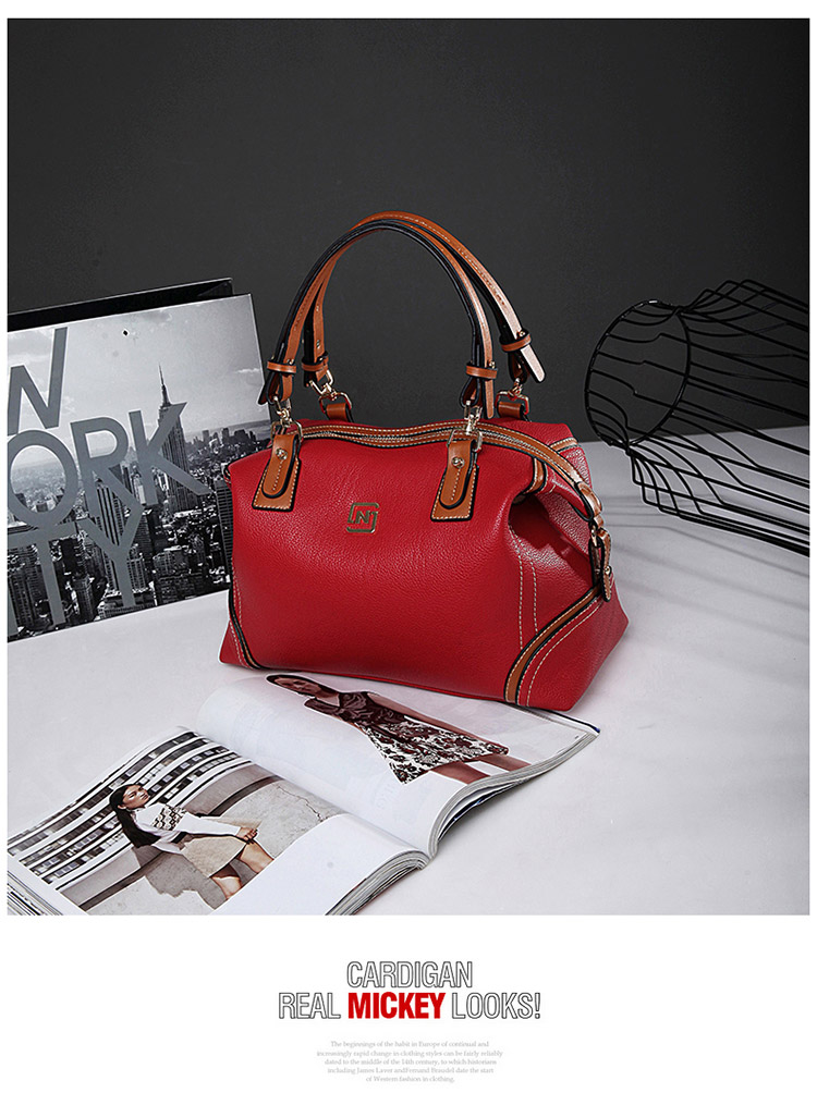 B1011 IDR.239.000 MATERIAL PU SIZE L35XH20XW17CM WEIGHT 950GR COLOR RED