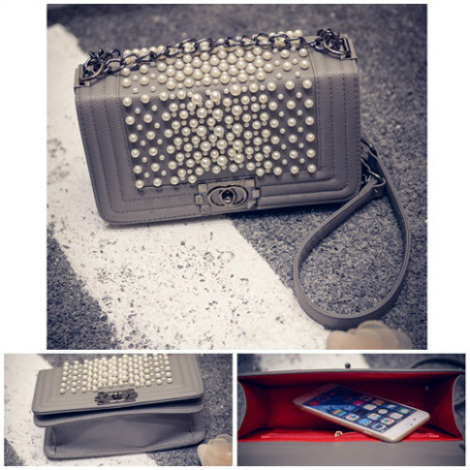 B1118 IDR.190.000 MATERIAL PU SIZE L25XH14XW7CM WEIGHT 600GR COLOR GRAY