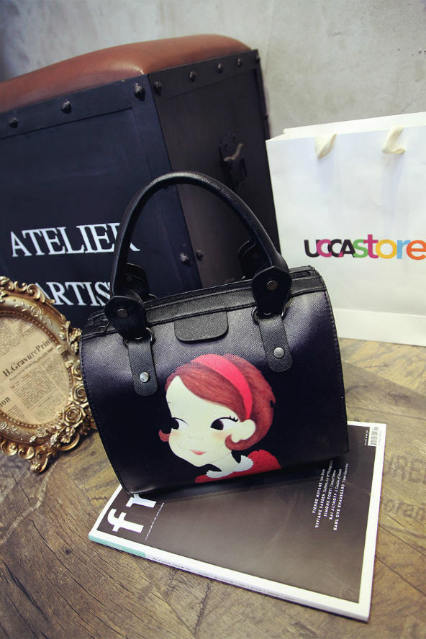 B1119 IDR.165.000 MATERIAL PU SIZE L25XH20XW13CM WEIGHT 700GR COLOR GIRL