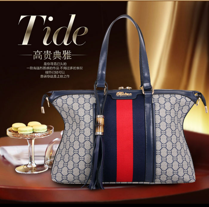 B1126 IDR.244.000 MATERIAL CANVAS SIZE L36XH24XW10CM WEIGHT 900GR COLOR BLUE