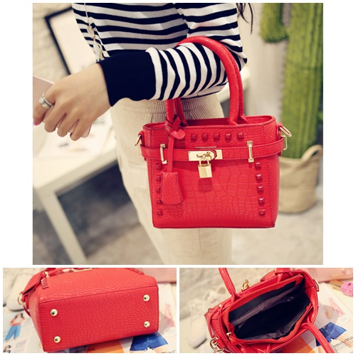 B1212 IDR.169.000 MATERIAL PU SIZE L20XH17XW9CM WEIGHT 600GR COLOR RED