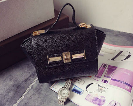 B1229 IDR.150.000 MATERIAL PU SIZE L26XH14XW10CM WEIGHT 600GR COLOR BLACK