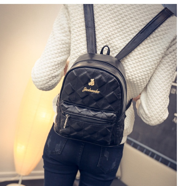 B1327C IDR.159.000 MATERIAL PU SIZE L20XH27XW12CM WEIGHT 650GR COLOR BLACK
