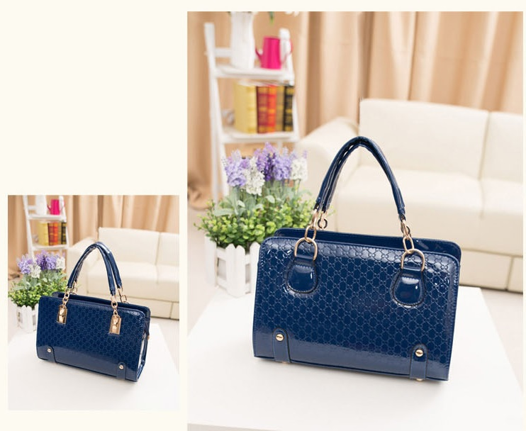 B1401 IDR.188.000 MATERIAL PU SIZE L30XH20XW12CM WEIGHT 800GR COLOR BLUE