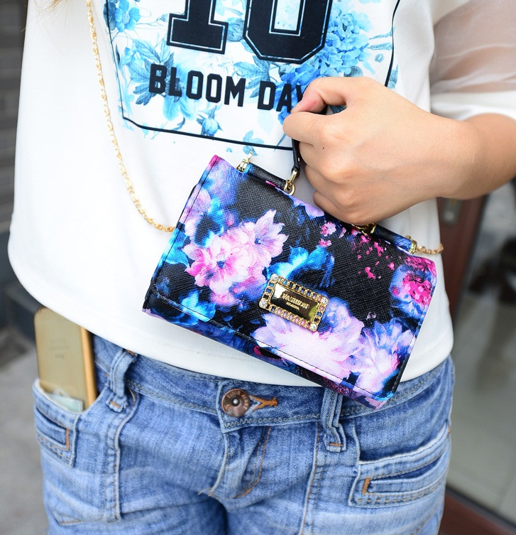 B1570 IDR.163.000 MATERIAL PU SIZE L17XH10XW3CM WEIGHT 350GR COLOR BLUE