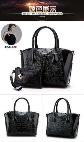 B1589 (2in1) IDR.225.000 MATERIAL PU SIZE L32XH25XW15CM WEIGHT 900GR COLOR BLACK