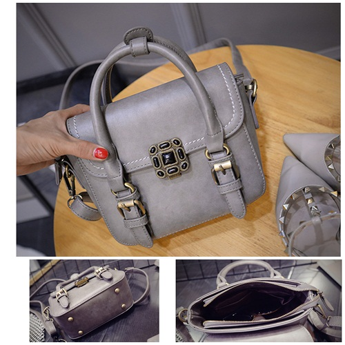 B1641 IDR.180.000 MATERIAL PU SIZE L22-20XH16XW8CM WEIGHT 600GR COLOR GRAY