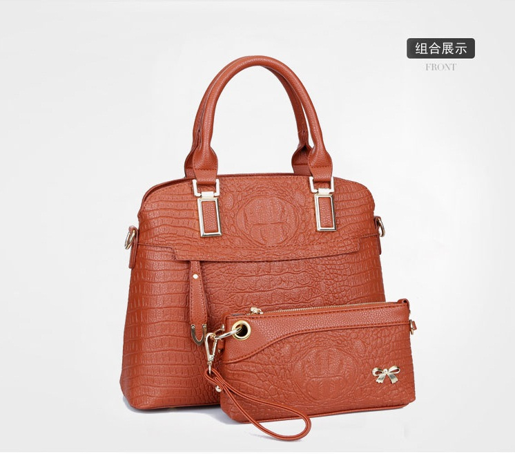 B1643(2in1) IDR.250.000 MATERIAL PU SIZE L34XH27XW15CM WEIGHT 1200GR COLOR BROWN