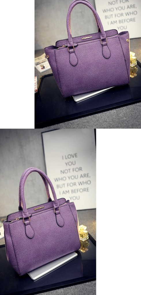 B1661 IDR.199.000 MATERIAL PU SIZE L30XH24XW11CM WEIGHT 800GR COLOR PURPLE