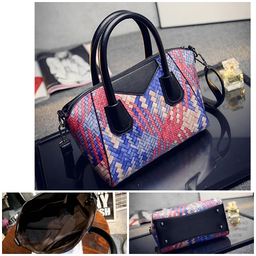 B1694 IDR.186.000 MATERIAL PU SIZE L26XH22XW14CM WEIGHT 700GR COLOR RED