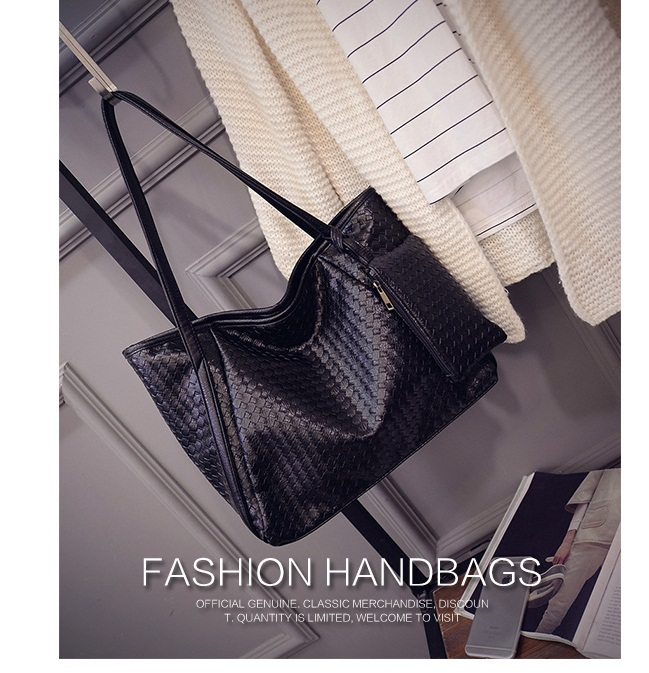 B1699(2in1) IDR.170.000 MATERIAL PU SIZE L45-36XH30XW17CM WEIGHT 700GR COLOR BLACK