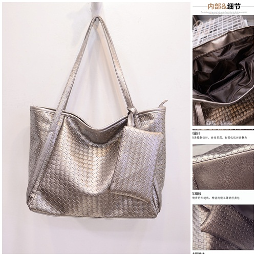 B1699(2in1) IDR.170.000 MATERIAL PU SIZE L45-36XH30XW17CM WEIGHT 700GR COLOR GOLD