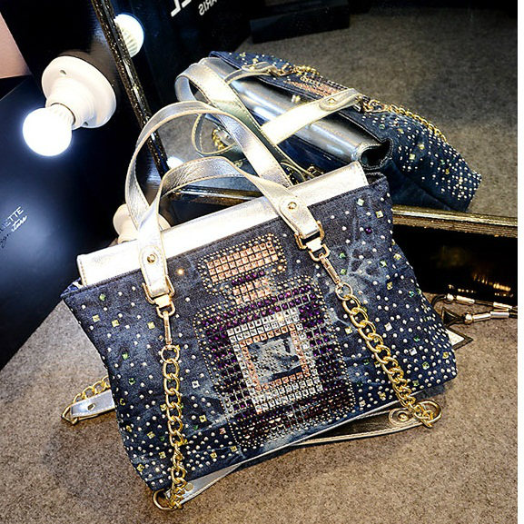 B174 IDR.215.000 MATERIAL DENIM SIZE L32XH22XW13CM WEIGHT 800GR COLOR SILVER