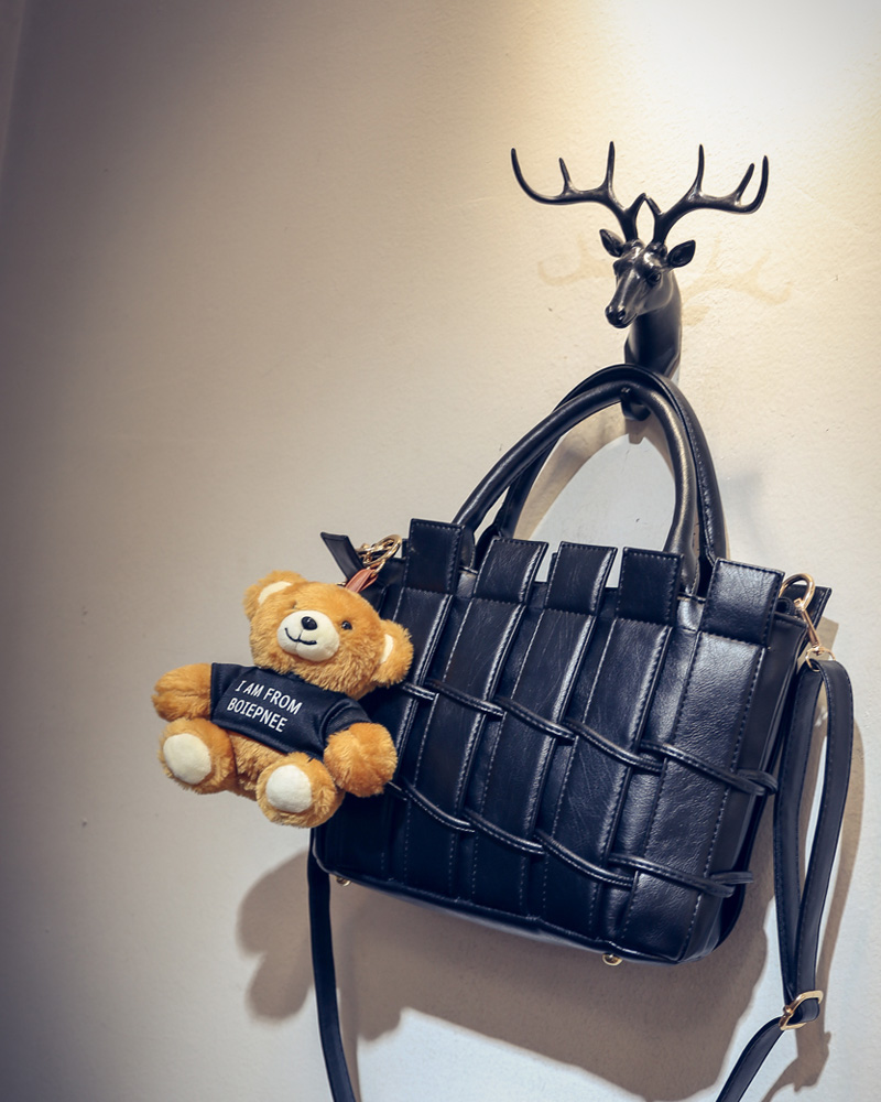 B1764 IDR.208.000 MATERIAL PU SIZE L28XH21XW10CM WEIGHT 850GR COLOR BLACK