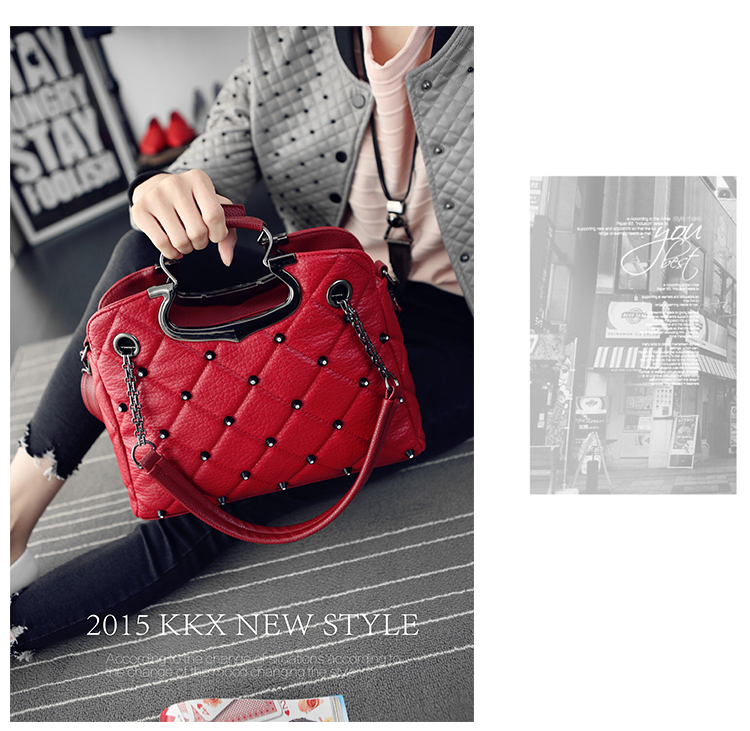 B1766 IDR.206.000 MATERIAL PU SIZE L33XH25XW11CM WEIGHT 850GR COLOR RED
