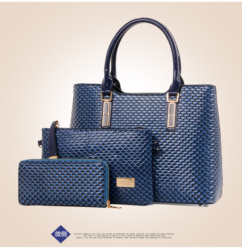 B1806-(3in1) IDR.235.000 MATERIAL PU SIZE L34XH25XW14CM WEIGHT 1300GR COLOR BLUE.jpg