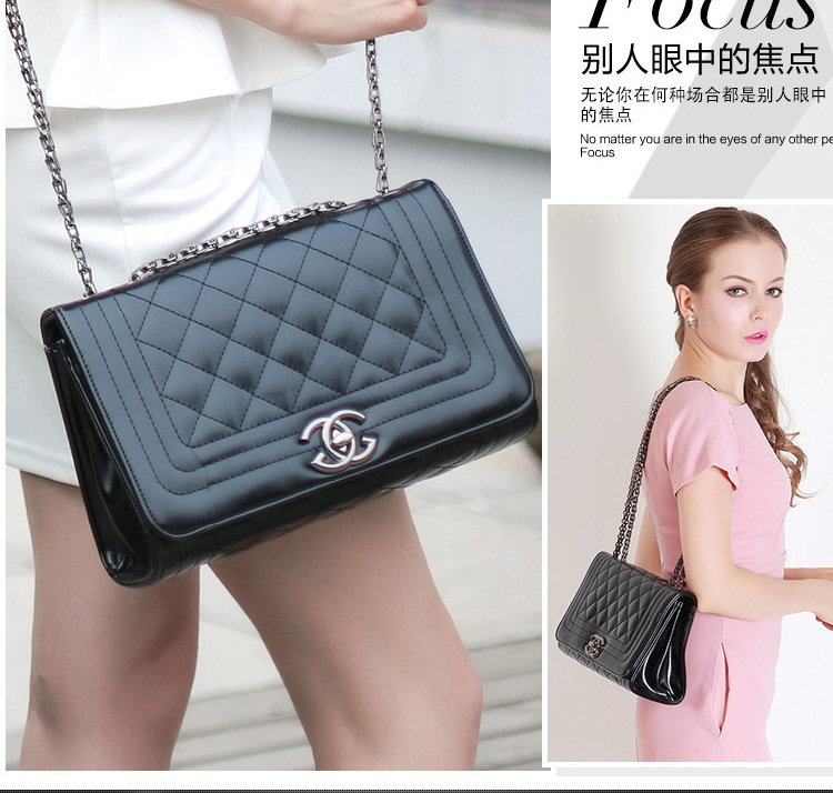 B1838 IDR.175.000 MATERIAL PU SIZE L26XHH17XW10CM WEIGHT 700GR COLOR BLACK