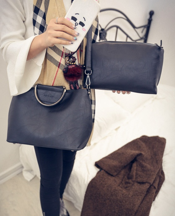 B1856-(2in1) IDR.185.000 MATERIAL PU SIZE L33XH23XW13CM WEIGHT 900GR COLOR BLACK