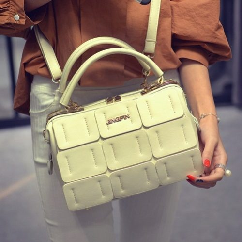 B1866 MATERIAL PU SIZE L24XH16XW12CM WEIGHT 800GR COLOR BEIGE