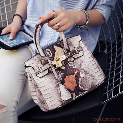 B1869 MATERIAL PU SIZE L24XH16XW13CM WEIGHT 750GR COLOR BROWN