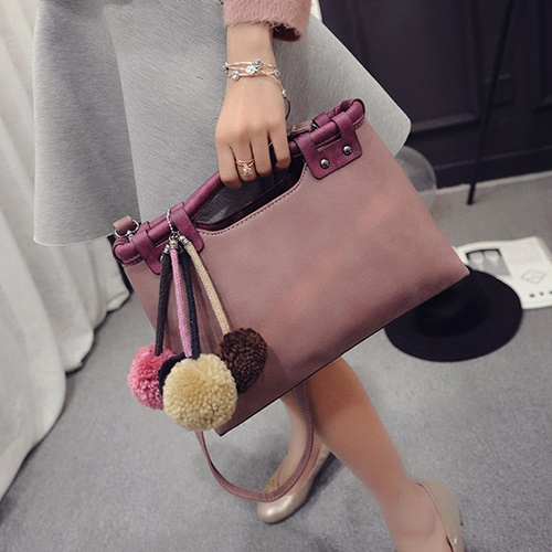 B2016 IDR.182.000 MATERIAL PU SIZE L35XH20XW10CM WEIGHT 700GR COLOR PINK