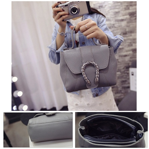 B2025 IDR.155.000 MATERIAL PU SIZE L18XH14XW9CM WEIGHT 550GR COLOR GRAY