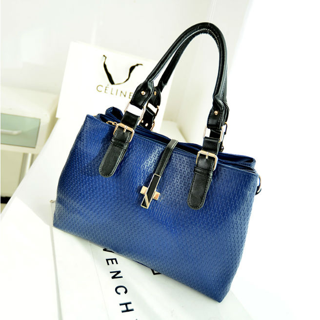 B2046 IDR.212.000 MATERIAL PU SIZE L34XH25XW13CM WEIGHT 900GR COLOR BLUE.jpg