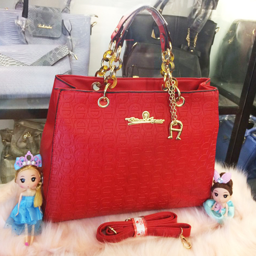 B2050 IDR.205.000 MATERIAL PU SIZE L38XH30XW14CM WEIGHT 1100GR COLOR RED