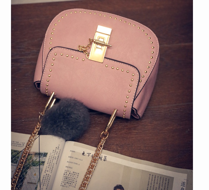B2101 IDR.155.000 TAS FASHION MATERIAL PU SIZE L17XH15XW7CM WEIGHT 550GR COLOR PINK
