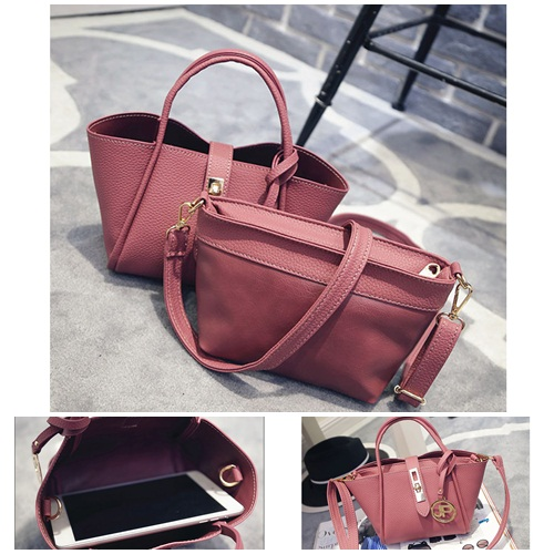 B2138 IDR.166.000 MATERIAL PU SIZE L17XH15XW12CM WEIGHT 600GR COLOR RED.jpg