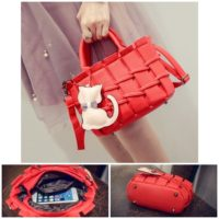 B2202 MATERIAL PU SIZE L22XH16XW10CM WEIGHT 600GR COLOR RED