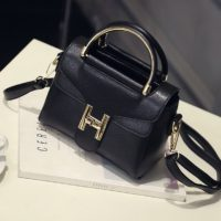 B2233 IDR.168.000 MATERIAL PU SIZE L20XH10XW14CM WEIGHT 600GR COLOR BLACK