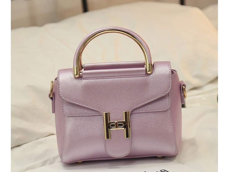 B2233 IDR.168.000 MATERIAL PU SIZE L20XH10XW14CM WEIGHT 600GR COLOR PURPLE