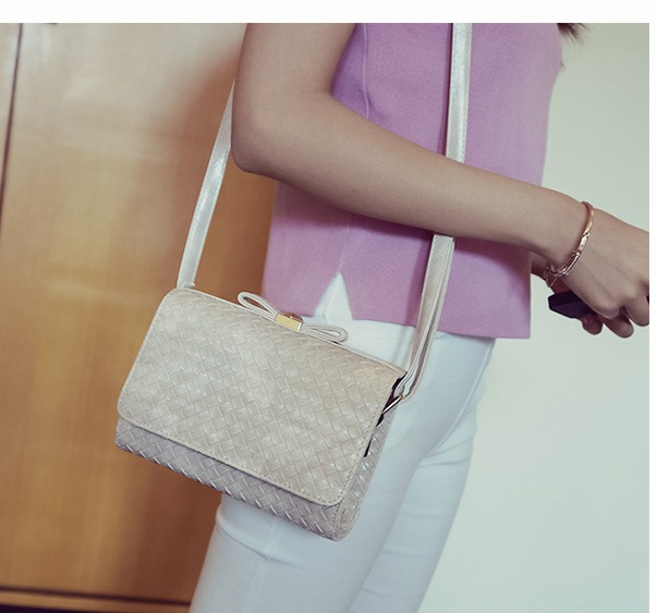 B2287 IDR.152.000 MATERIAL PU SIZE L20XH15XW8CM WEIGHT 550GR COLOR GRAY
