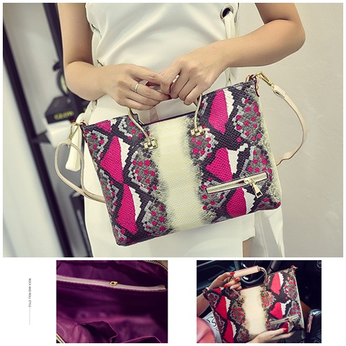 B2294 IDR.183.000 MATERIAL PU SIZE L35XH23XW3CM WEIGHB2294 IDR.183.000 MATERIAL PU SIZE L35XH23XW3CM WEIGHT 700GR COLOR REDT 700GR COLOR RED