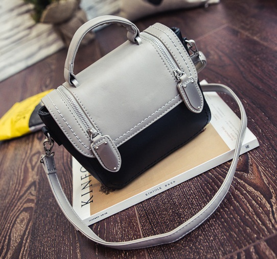 B2301 IDR.173.000 MATERIAL PU SIZE L19XH16XW9CM WEIGHT 600GR COLOR GRAY