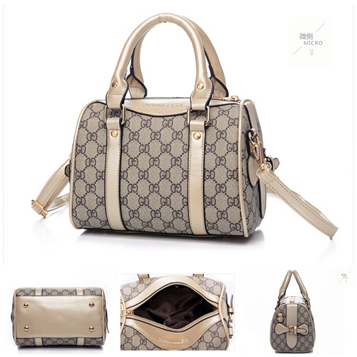 B2419 IDR.205,000 MATERIAL CANVAS SIZE L22XH17XW12CM WEIGHT 600GR COLOR GOLD