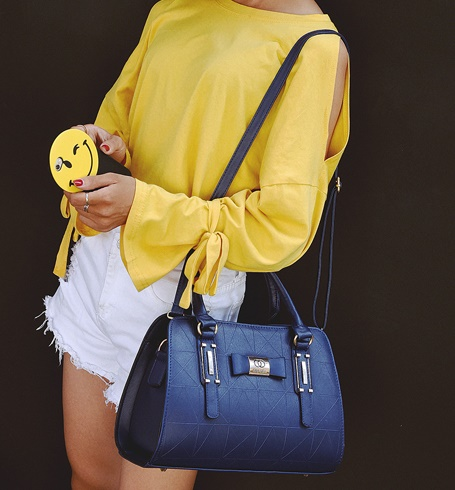 B2457 IDR.170.000 MATERIAL PU SIZE L31XH22XW13CM WEIGHT 800GR COLOR BLUE