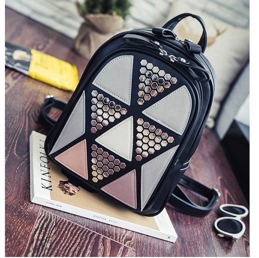 B2494 IDR.175.000 MATERIAL PU SIZE L24XH31XW11CM WEIGHT 800GR COLOR BLACK