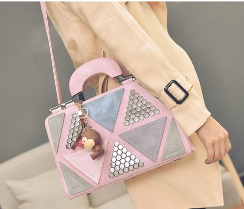 B2505 MATERIAL PU SIZE L31XH21XW11CM WEIGHT 850GR COLOR PINK