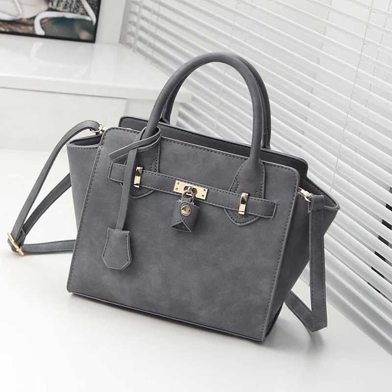 B266 IDR.197.000 MATERIAL PU SIZE L25XH24XW12CM WEIGHT 900GR COLOR gray.jpg