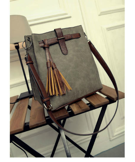 B27005 IDR.163.000 MATERIAL PU SIZE L30XH33XW13CM WEIGHT 750GR COLOR GRAY