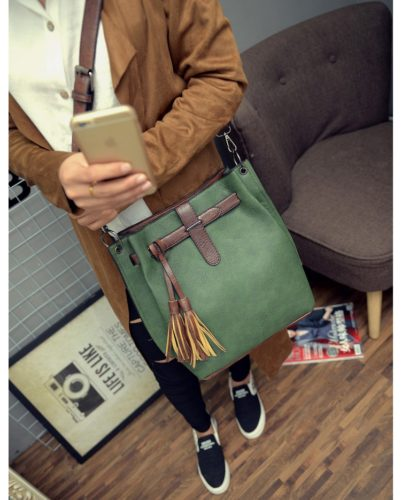 B27005  MATERIAL PU SIZE L30XH33XW13CM WEIGHT 750GR COLOR GREEN