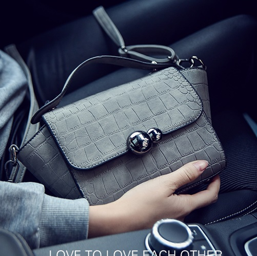 B27028 IDR.143.000 MATERIAL PU SIZE L21XH23XW10CM WEIGHT 400GR COLOR GRAY